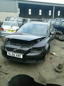 2005 volvo s40 2.0 diesel for breaking only all parts available