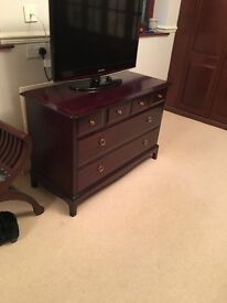 Stag minstrel 6 drawer chest