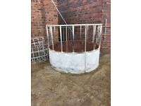 feed ring horse /cattle