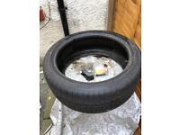 Goodyear tyre 245/40/19 run flats