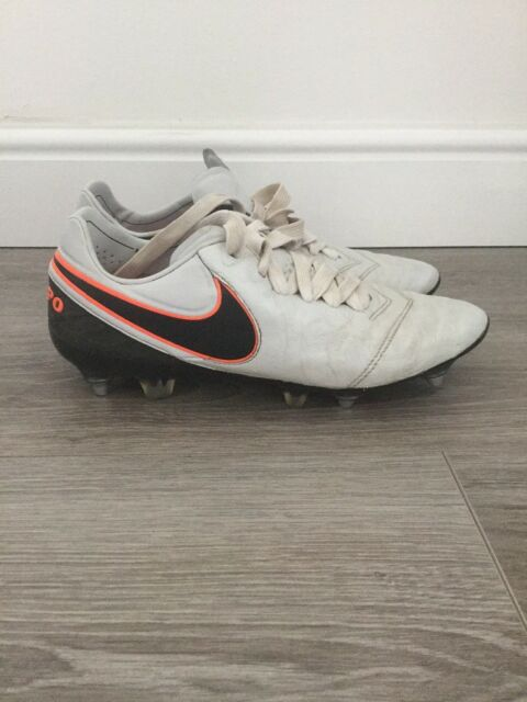 best service 6d35c c02ef Nike tiempo legends 1 football boots SG ACC | in Liberton, Edinburgh |  Gumtree