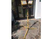 Lamp, adjustable for DIY work