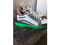 Dsquared 2 trainers Size 9 euro 43 never been worn
