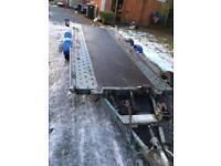Car transporter trailer tipping