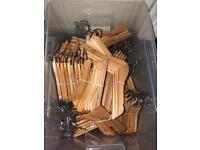 JOBLOT kids wooden hangers x 135