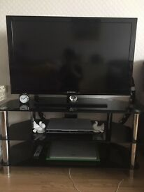 "BLACK 40"" SAMSUNG TV and stand FOR JUST £150"