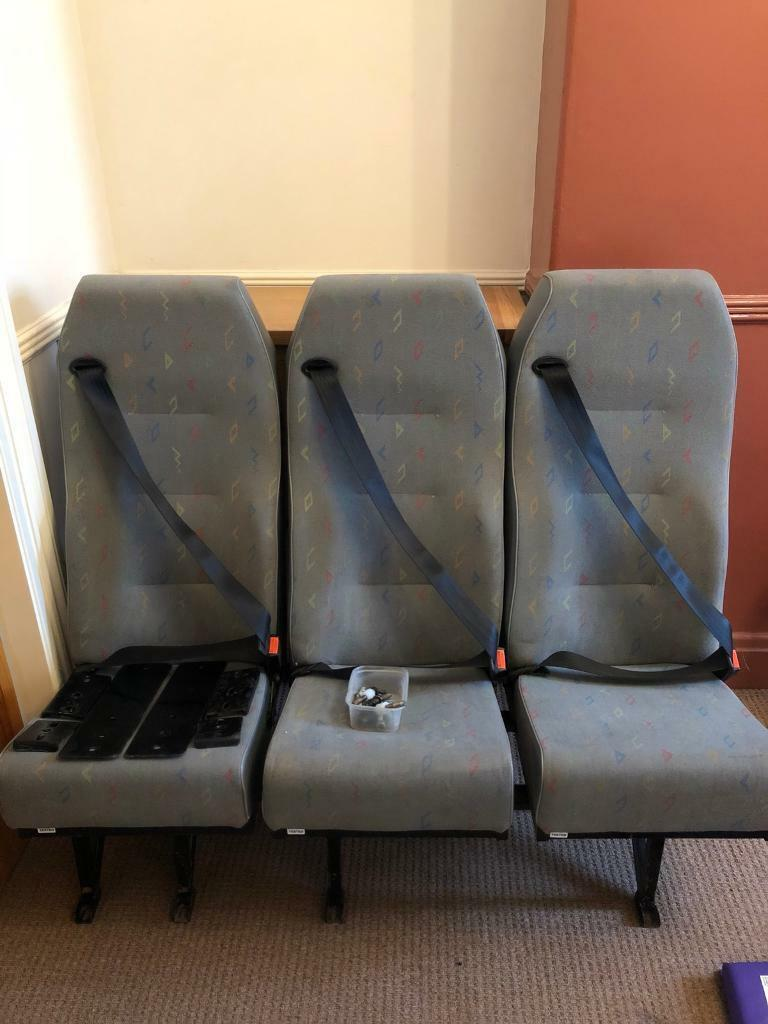 Vw t5. 2 + 1 rear seat in inca fabric integrated seat belts
