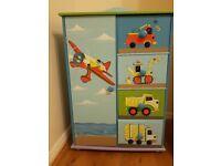 Kids bookcase/storage