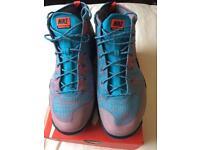 Nike flyknit chukka FSB size 9