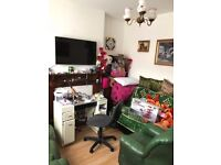 PRIVATE TO LET 2 BEDROOM HOUSE NICE HOUSE WEST BROMWICH