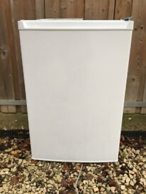 Hotpoint Fridge 550mm wide in good condition but without the top panel
