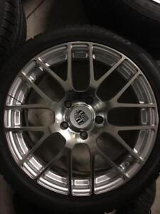 235/40/19.  285/35/19 Pirelli sottozero2 hiver 7-8/32 + mags 19 pouces Porsche