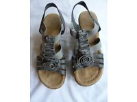 Rieker Roberta is a sling-back sandal size 5 as new with box