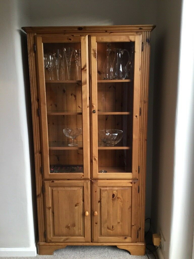 Ducal antique pine display cabinet with light - Ducal Antique Pine Display Cabinet With Light In Macclesfield