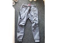 Nike Tech Fleece Jogger Grey M Pants