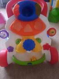 Chicco activity musical walker