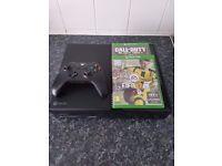 Xbox one 500GB (BUNDLE) FIFA 17/ BLACK OPS 3