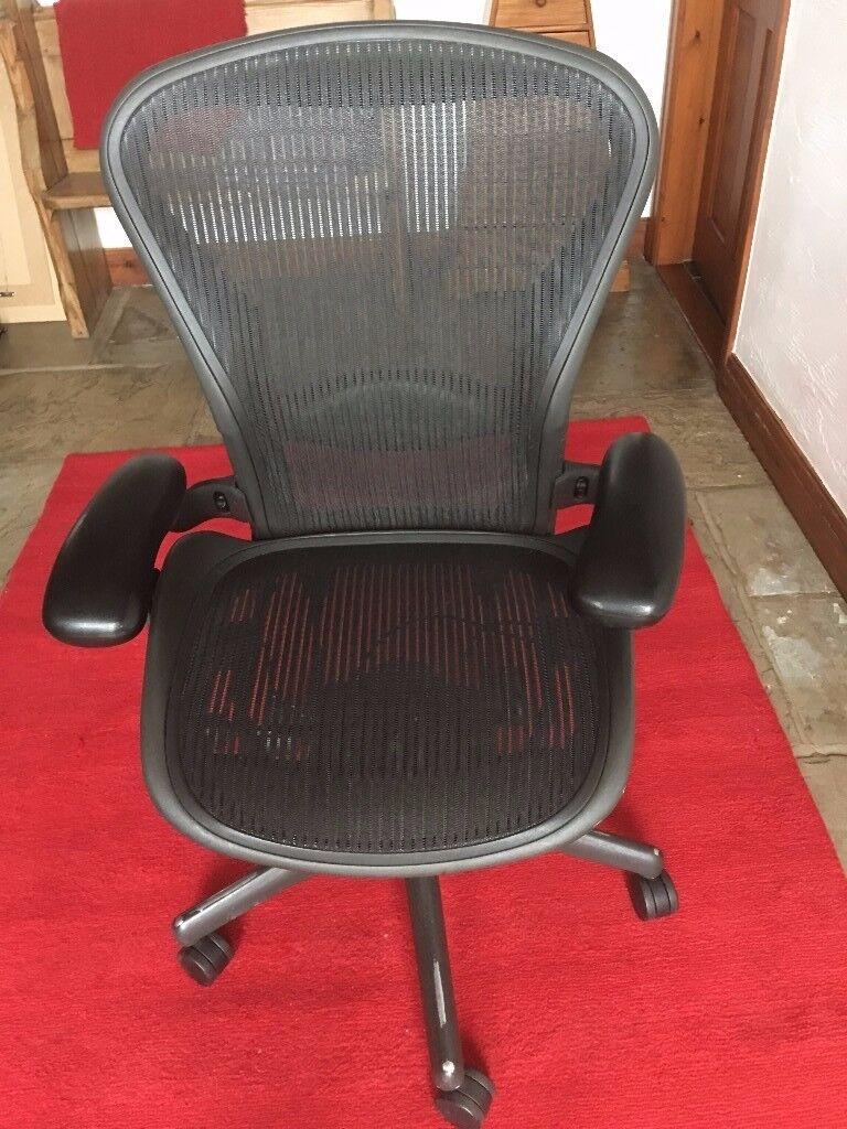 Herman Miller Aeron Chair Size B Adjustable Lumber In Preston