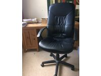 Black Office Chair: leather effect, large