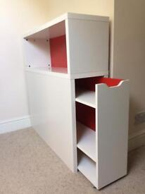 Shelf Unit With Pull Out Drawers