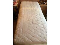 Single adjustamatic bed