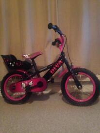 Girls bike like new perfect Christmas present!!!