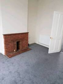 2 bed for rent @ £700 pm CV6 7GP