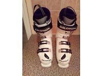 Ski Boots, Salomon UK Size 9 (27.5)