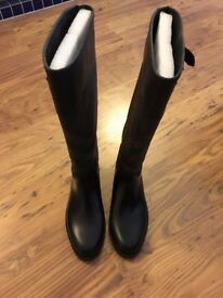 Women Burberry Rain Boots UK/EU Size 38, Good Condition