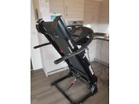 Z9 Rebook Treadmill. Great Condition, High spec Treadmill with incline and lot's of features.