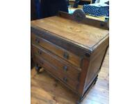 Beautiful Victorian solid oak dressing table and chest of drawers