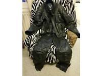 Frank thomas trousers and jacket size uk38