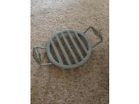 GARDEN TRADING GREY HEAVY PAN STAND - NEW