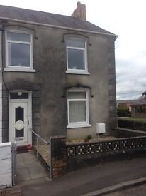 3 bed house, Pontyberem, ideal family home ,large safe garden,convenient to Carmarthen and Llanelli
