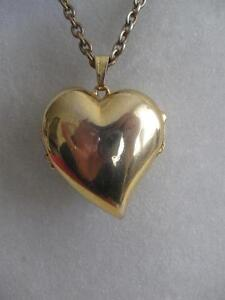 VINTAGE LONG ELEGANT 32 in NECKLACE with OPEN-UP HEART-SHAPED PENDANT