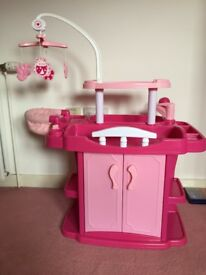 Doll changing station