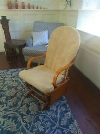 Rocking chair. Nursing 'glider' rocker. FREE