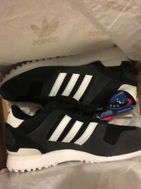 Addidas trainers size 6 bnib
