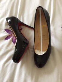 Louboutin stiletto Court black shoes size 6 never worn