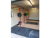 Wall mounted squat rack power cage trx squat cage