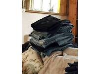8 pairs of mens jeans size 40/42