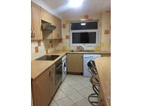 2 bed flat Slough Dss/housing benefit welcome