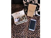 GALAXY S4 USED GOOD CONDITION!! OPEN SIM! + charger, box and Manual.