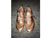 Nike Trainers rose gold