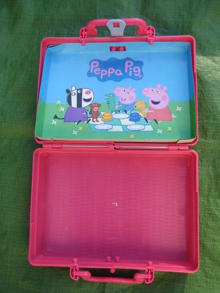 Peppa Pig Picnic Hamper/Special Pink Case
