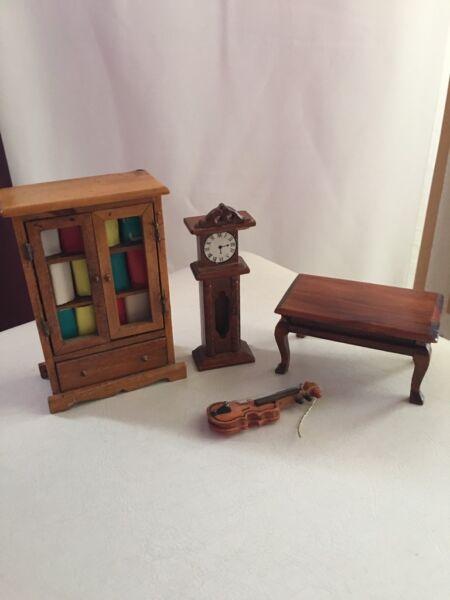 puppenhaus m bel aus holz in aachen aachen brand holzspielzeug g nstig kaufen gebraucht. Black Bedroom Furniture Sets. Home Design Ideas