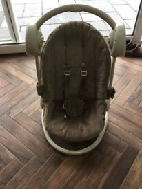 Mama & Papas musical swing seat