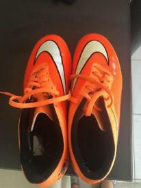 Ladies Football Boots - Size 7 - Only worn Once