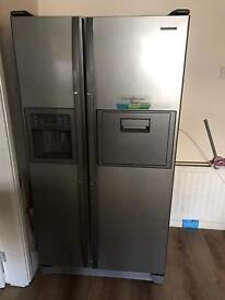 Samsung fridge freezer large