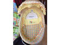 Baby Moses Basket / Crib. Mama and Papas